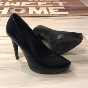 Aldo alligator skin heels